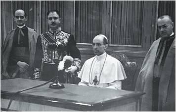 Sor Lucía_Papa Pío XII