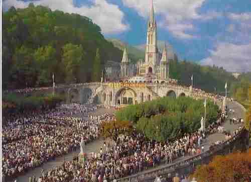 Virgen de Lourdes_procesión