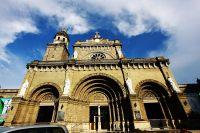 Manila_Cathedral_Facade
