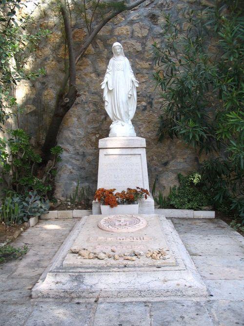 Ratisbonne's_tomb