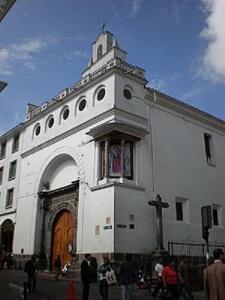 Nuestra Señora del Buen Suceso_igreja-do-convento-das-concepcionistas-de-quito - copia