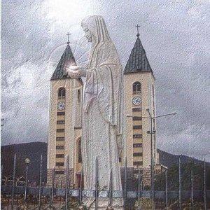 Reina de la Paz de Mejugorje3