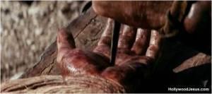 f Crucifixión_6Clavando a Jecristo