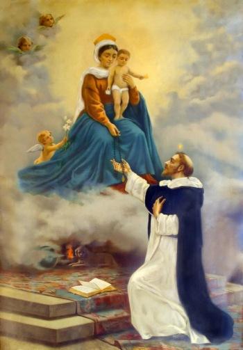 Santo Domingo de Guzmán_virgen entrega rosario